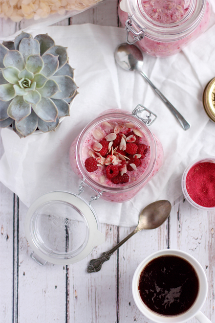 Raspberry-Chia-Almond-Overnight-Oats | stayforabite.com