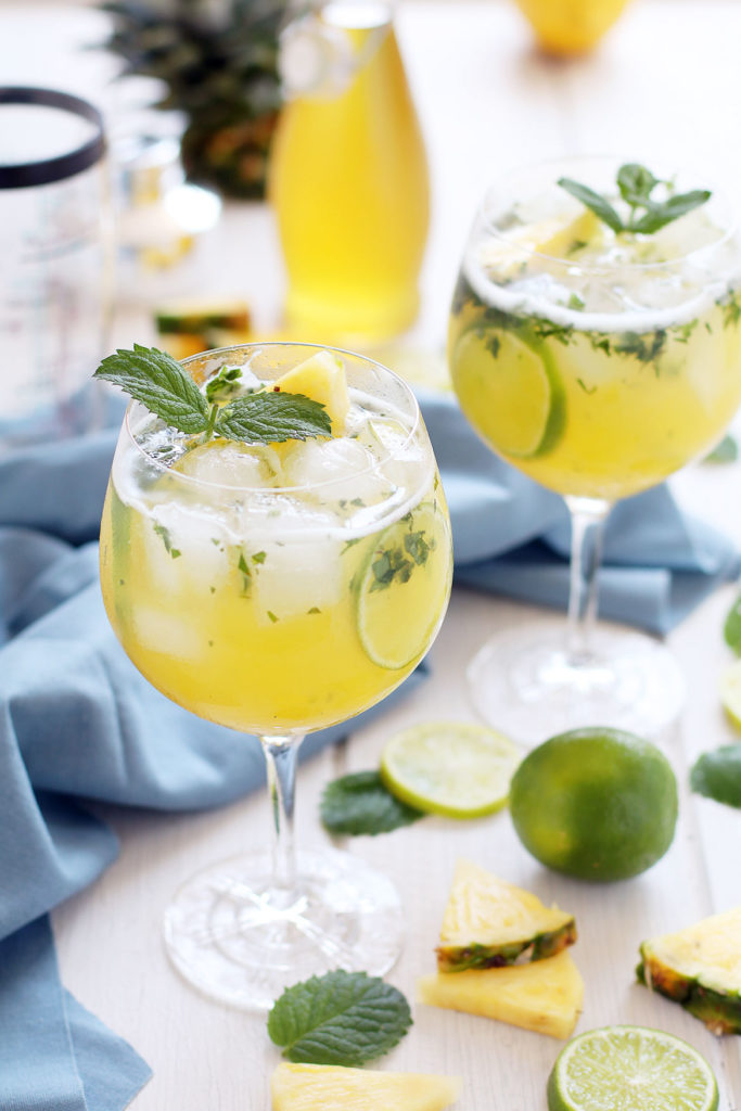 Pineapple Rum Cocktail (Mojito) | stayforabite.com